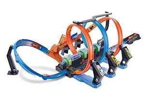Hot Wheels Corkscrew Crash Track Set [Amazon Exclusive]