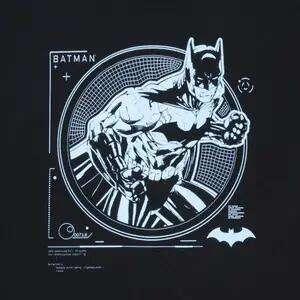 Abbigliamento Batman 50% con codice da Zavvi