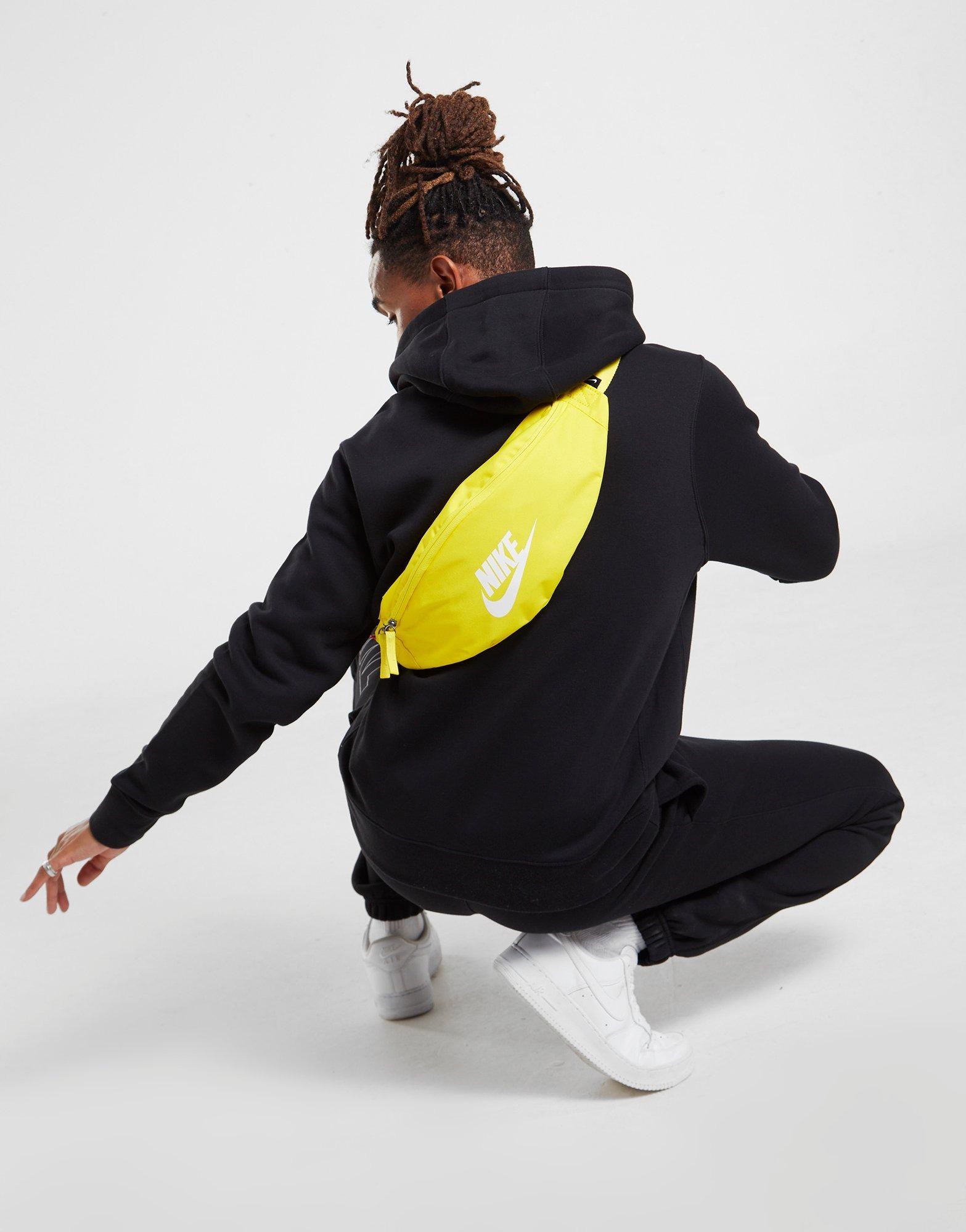 Nike Heritage Marsupio- GIALLO