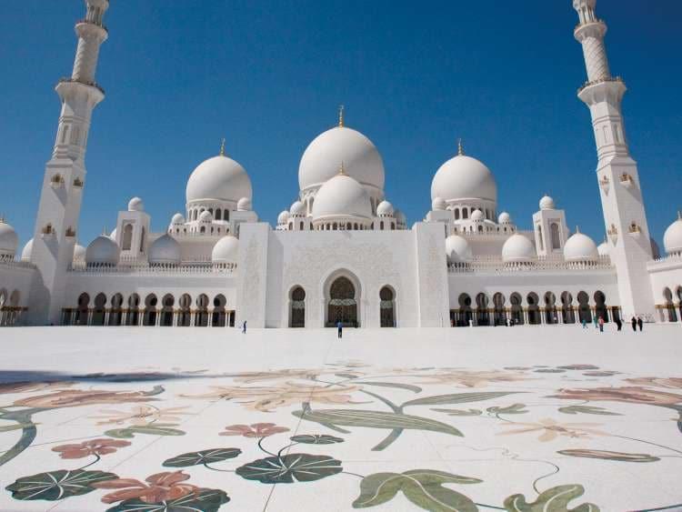 Voli Bari - Abu Dhabi A/R a 120€